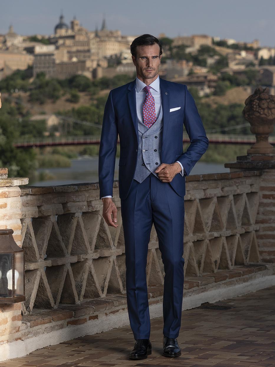 Costum business, clasic, slim, bleumarin Felix Ramiro