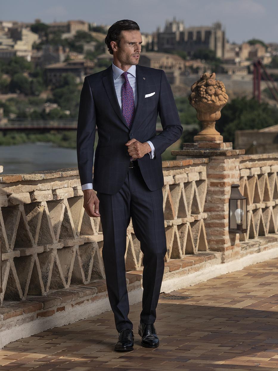 Costum business clasic, elegant, slim, negru Felix Ramiro